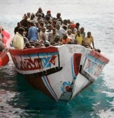migrants bateau.jpg